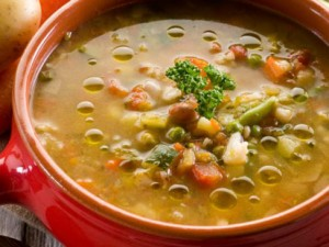minestrone di legumi e verdure