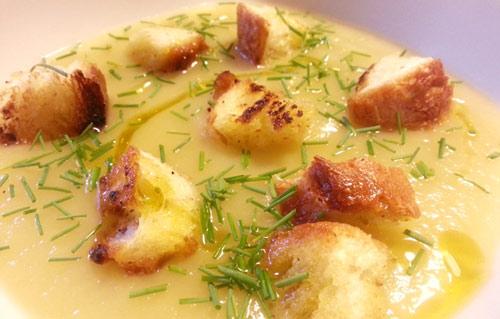 vellutata-di-porri-e-patate