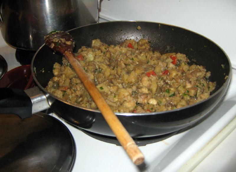 padella-ingredienti-melanzane-ripiene
